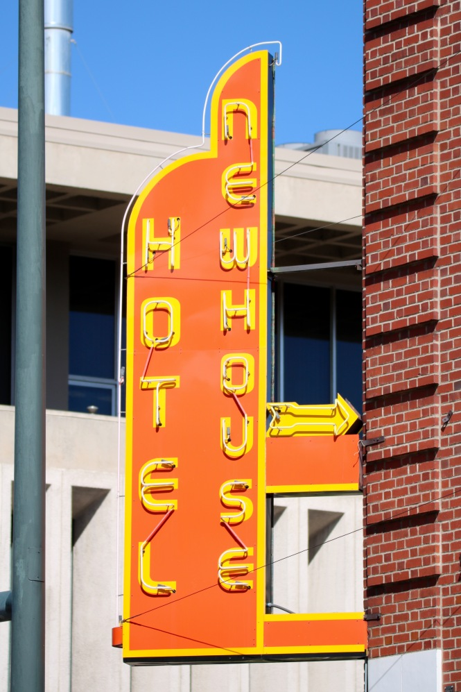 newhouse-hotel-neon-sign-denver-colorado-1