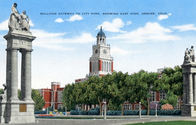 Postcard: Sullivan Gateway to City Park showing East High Denver Colo